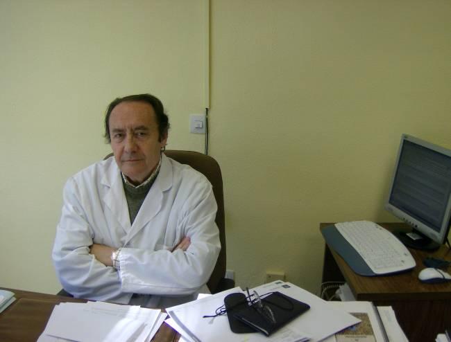 El investigador Manuel Casal, del hospital Reina Sofía